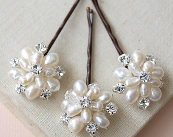 Flora Pearl Floral Headpiece Wedding Pins Bridal Accessories Bridesmaids Grips Vintage Flower Style Silver Combs Headdress Headpiece Etsy UK
