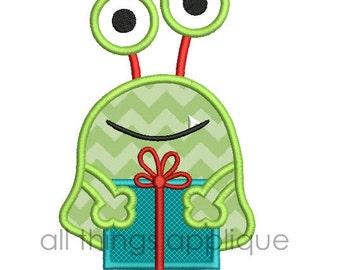 Christmas Present Applique Design - Christmas Applique Designs - 3 Sizes - INSTANT DOWNLOAD