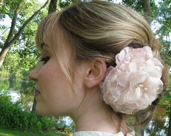 Blush Headpiece, Bridal Fascinator, Blush Bridal Comb, Champagne Blush, Handmade Flower