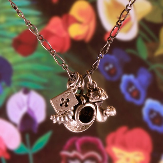 "Alice in Wonderland 30"" Charm Necklace"