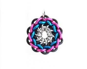 Pendant, Chain Maille Jewelry, Jens Pind, Jump Ring Jewelry, Multicolor Pendant