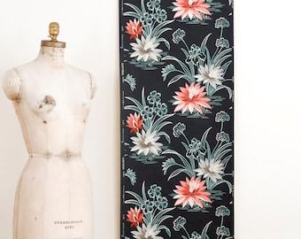Vintage Floral Wallpaper Roll on Matte Black Background - Mid Century