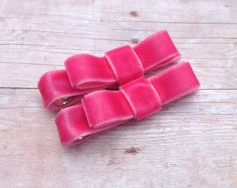 Set of small bright pink velvet hair clips - pink velvet hair bows, velvet bows, baby bows, toddler bows, baby hair clips, girls bows