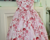 SALE !! 1950s Style plus dress red floral print xl xxl