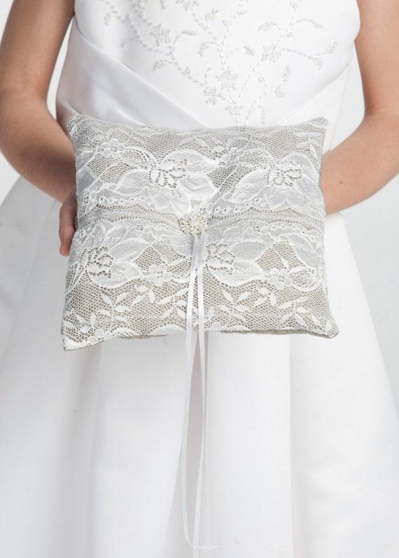 Rustic wedding ring pillow, Linen ring pillow, Burlap wedding ring bearer pillow, Spring wedding