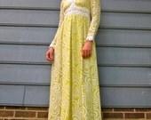 Twisted Lemon & Lace 1960s Yellow Swirl Daisy Lace Maxi Dress XS S