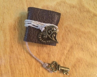 Bronze Heart and Key Book / Journal - Dollhouse Miniatures (Item B19)