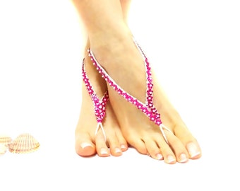 Foot thongs, daisy crochet barefoot sandles, beaded anklet, White, pink flowers, petite clothing, Cute, Surf Beach Jewelry