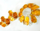 Orange Apricot Star Jewelry Brooch And Earrings Modern   Art Deco Vintage Collectible Jewelry Moonglow Lucite Orange Summer