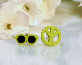 Green Hippy Earrings, Sunglasses and Peace Post Earring