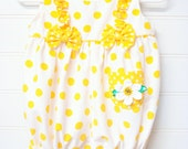 Vintage Baby clothes, Baby Girl Romper, Yellow Polka Dot Romper With Flowers, Size 3 to 6 Months. #