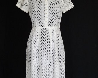1950s Dress / White Eyelet Cutwork Sundress Garden Party Daydress / Korell
