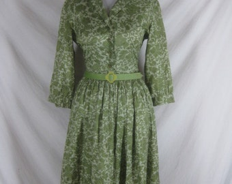 Vintage 40s 50s Jerry Gilden Green Silky Floral Garden Party Dress W 30