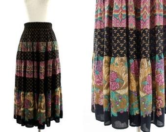 SALE vintage 80s printed midi skirt / floral pattern tiered skirt / Carole Little skirt S