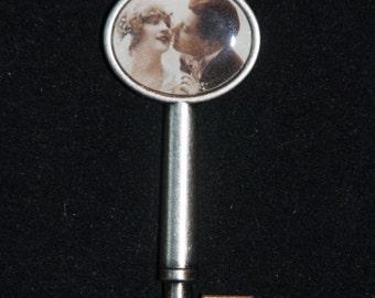 Valentine Key Heart Love Pendant Necklace #133