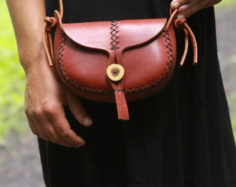 WREN. underthetree. small leather purse. the wren in cherry wood red vegetable tanned leather.  leather bag. cross body bag.under the tree