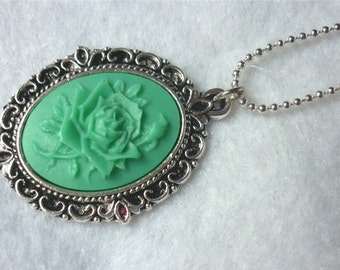 The Vintage Green Rose Cameo Necklace - Shabby Gothic Elvish Victorian Wedding