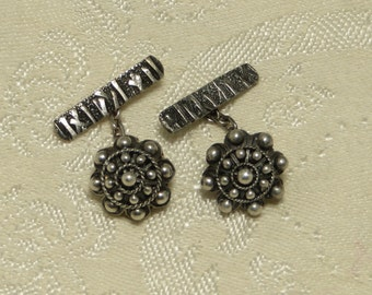 Vintage antique Victorian Etruscan revival Peruzzi style cannetille and bead ornate 800 sterling silver Cufflinks