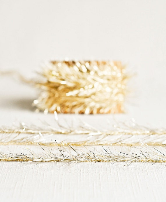 Tinsel Twine in Light Gold - 6 Yards - Christmas Holiday Ribbon Cord Metallic Garland Pretty Packaging Gift Wrapping Wedding Fun Party Decor