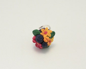 Polymer clay ring, spring bouquet ring, flower ring, polymer clay jewelry, flower jewelry, spring bouquet, handmade, blueberries flowers