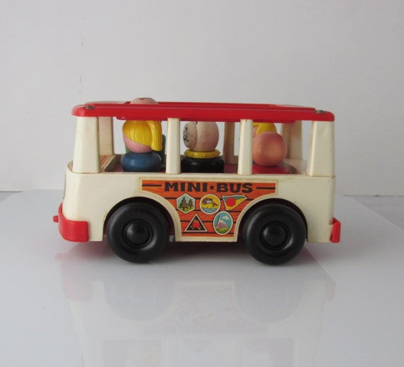 vintage fisher price mini bus five wooden little people 141. Black Bedroom Furniture Sets. Home Design Ideas