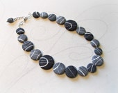 Beach stones necklace Riv...