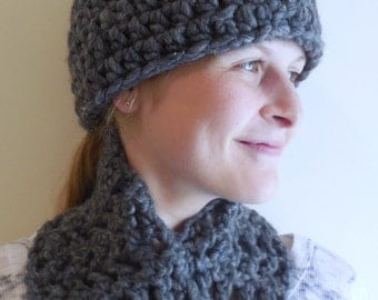 Charcoal Gray Wool Hat and Scarf Set
