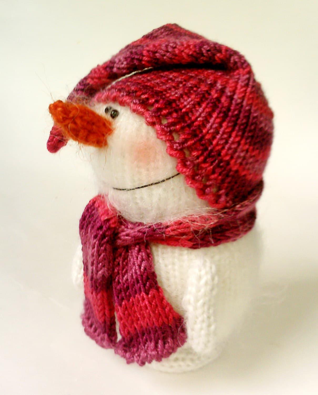 Knitting Patterns Mini Toys : Snowman knitted toy Amigurumi Miniature Stuffed Toys