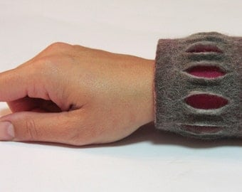 grey, white and pink felted cuff bracelet, felt bracelet with magnetic clasp,