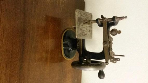 singer 1900 sewing machine