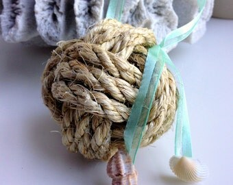 Nautical Monkey's Fist Knot with Seashells - Beach Wedding Decor