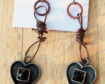 Metal steampunk-style heart earrings