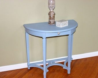 Demilune Accent Table Country Cottage Beachy Blue table - Perfect for an entry foyer