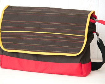 Big messenger bag in brown and red cotton-polyester mix.  Unisex. One of a kind. Ready to ship