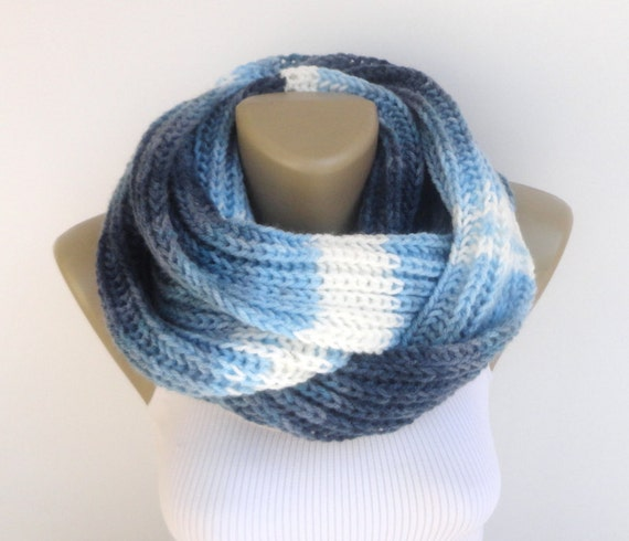 Knitted integrated Scarf-beanie pattern Dream scarf-beanie (integrated) design offers a creative option for women who love to look modern. This pattern consists of scarf and beanie combination.