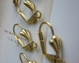 12 Pairs Shell Lever Back Earring Wires