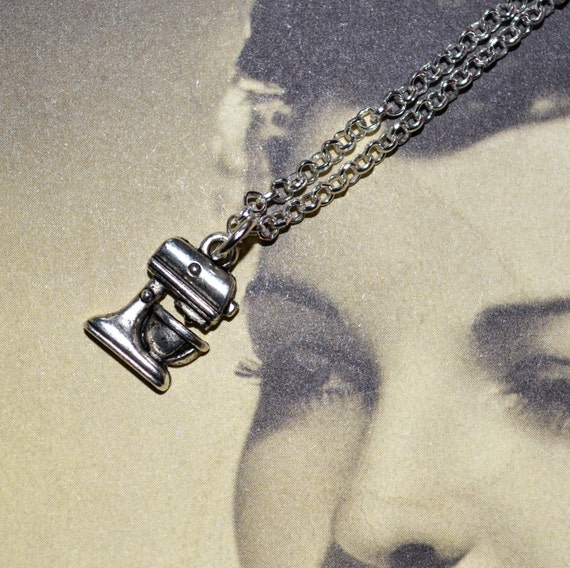 Food Mixer Necklace, Baker Necklace, Bake Off, Mixer Jewelry, Silver Mixer Charm, Baking Jewelry, Food Mixer Pendant, Mini Food Processor