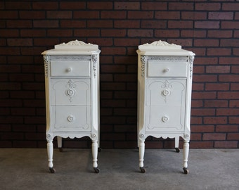 Charming ! Shabby Cottage Chic nightstands /  One pair / Made by the White Furniture Company ( Fine Furniture )