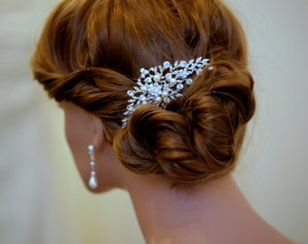 ANDREA - Bridal comb, Vintage style wedding hair comb, crystal pearl hair comb, wedding accessory -Made to order