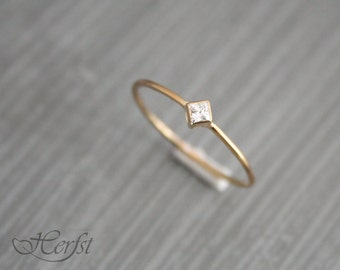 14k Diamond solid gold ring, engagement ring, wedding ring, diamond ring, Handmade