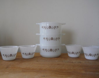 Small Dynaware Casseroles and Cups with Brown Flower Pattern
