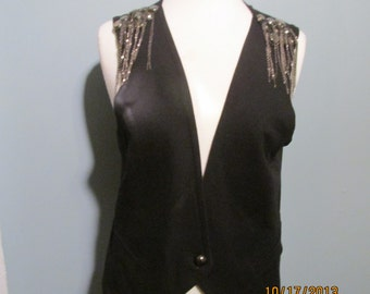 90's Black Goth/Steampunk/Rocker Vest with Silver Studs Chains Epaulets Size L by Studio