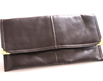 SALE Chocolate 70s Faux Leather Clutch