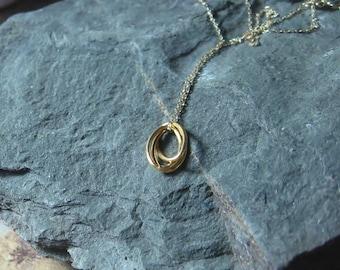 14K Gold Circle Pendant, Triple Interlocking Circle - Ready To Ship