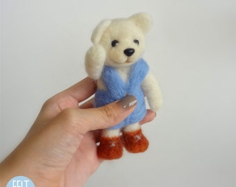 Needle Felted Sculptures - Cute Bear - Miniature Wool Felt Teddy Bear