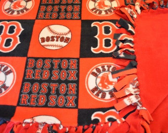 XL Fleece 'Boston Red Sox' Tie Blanket