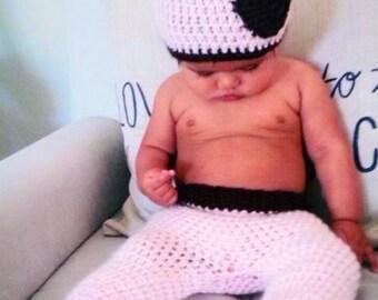Newborn baby giraffe hat and pants set