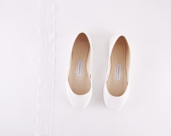Bridal Ballet Flats | Wedding Flats | Ballerinas Shoes | White Bridal Flats | THE MINIMALIST WEDDING Shoe | Milk White...ready to ship