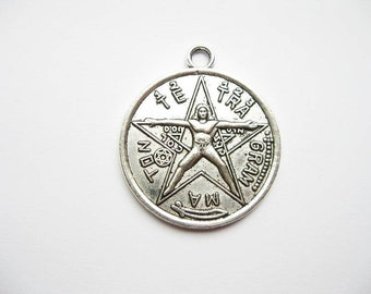 5 Pentagram Pendants in Silver Tone - C1608