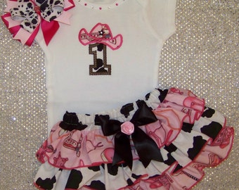 Cowgirl 1st Birthday  Outfit / Pink Bandana & Cow Print / Bling / Cake Smash / Western / Rodeo / Infant / Baby / Girl / Toddler / Boutique
